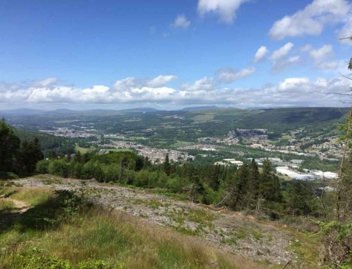 Overlooking Abercwmboi and the middle of Cynon Valley on a sunny Saturday afternoon