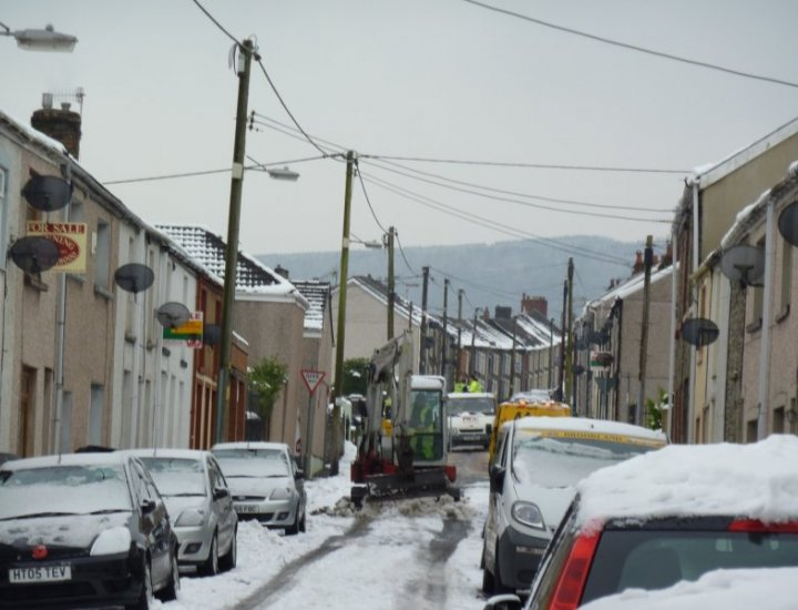 Clearing snow from side streets Aberaman