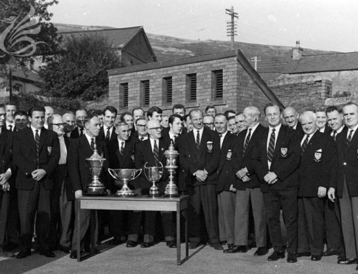 Cor Meibion Cwmbach Male voice Choir .c;1966
