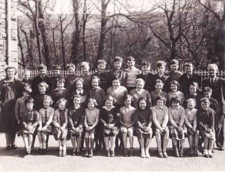 Photograph from Phillip Bowen Aberaman junior school around 1960