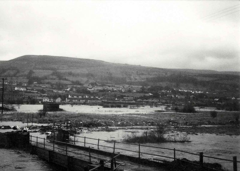 Flooding on what is now Persimmon Homes Coed Dyffryn, Rear of Riverside Retail Park,